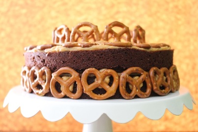Peanut-Butter-Pretzels-Beer-Cake-Recipe-Closeup